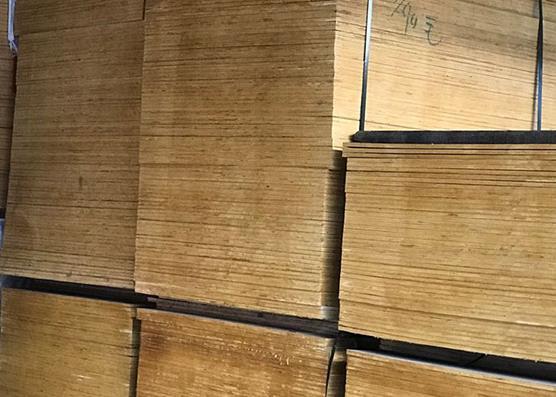 建築模板木方